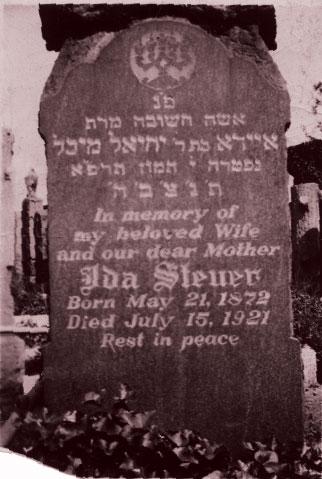 Ida LEBER Gravestone