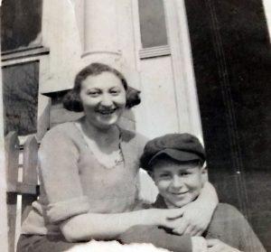 Siblings Rose and Peter Feldman