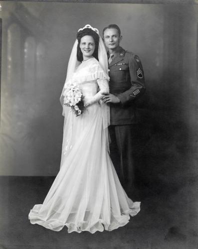 May - Bernie Wedding-portrait
